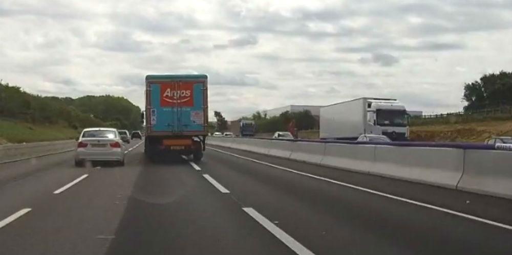 The reckless Argos lorry-Dashcam Clips