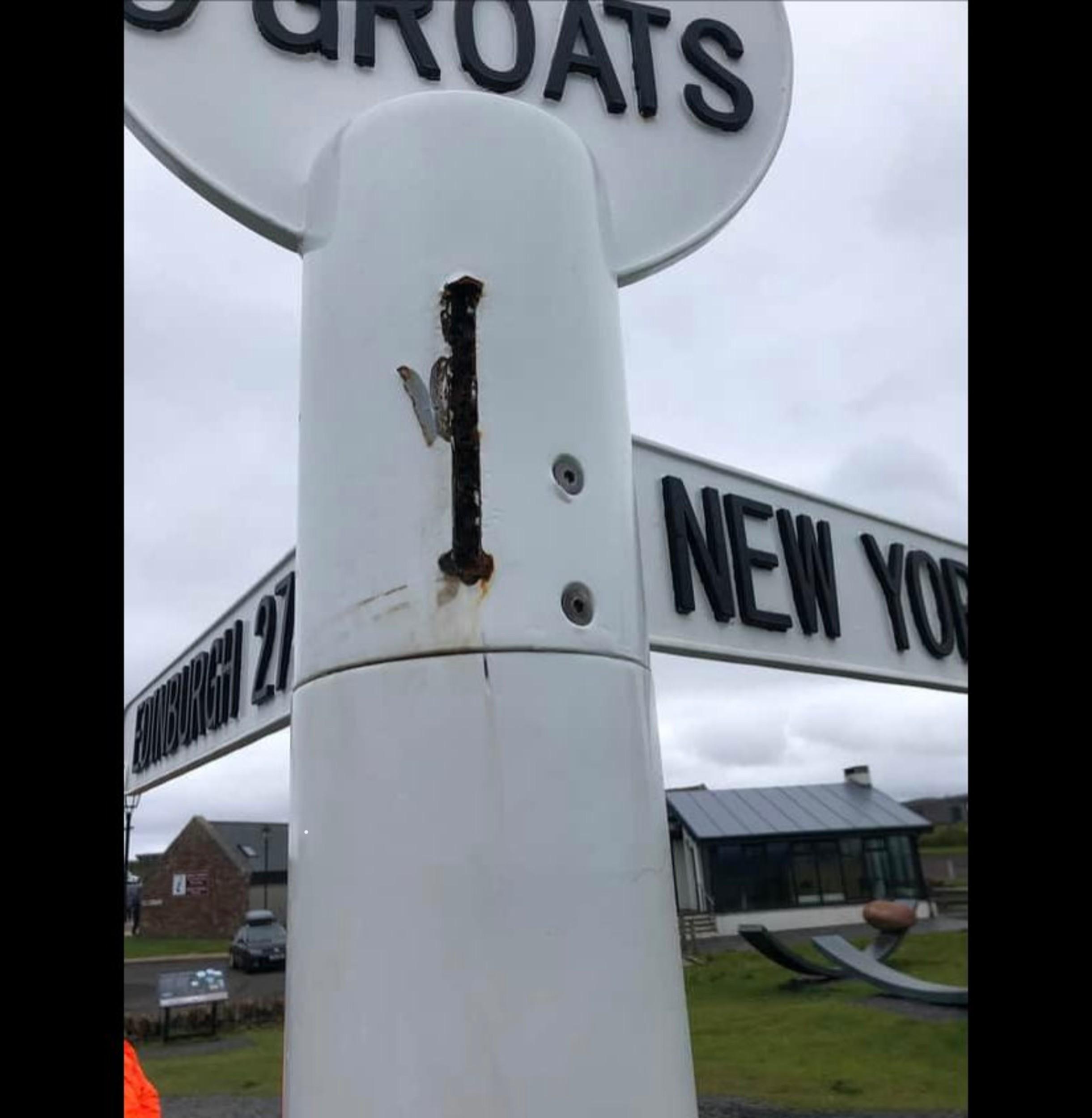 John O' Groats sign- Viral News