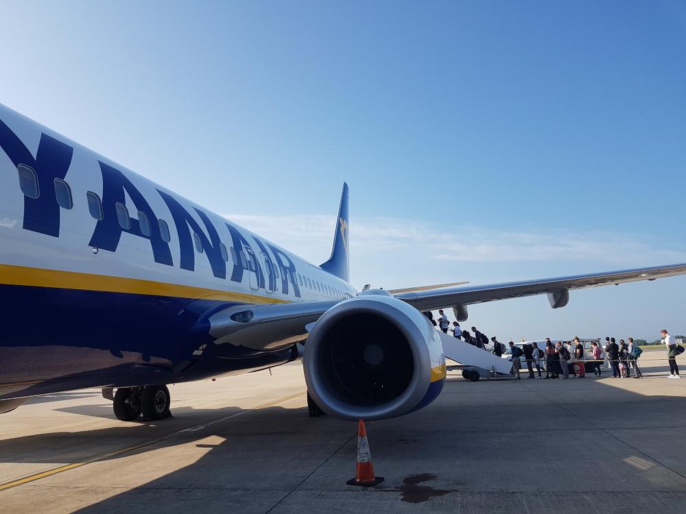Ryanair dirty plane seats