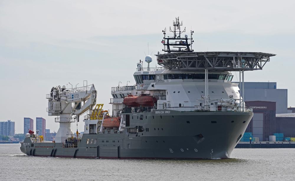 Dive support vessel in dock