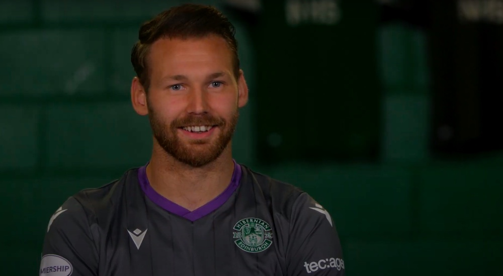 Martin Boyle after signing his new deal   Hibs news