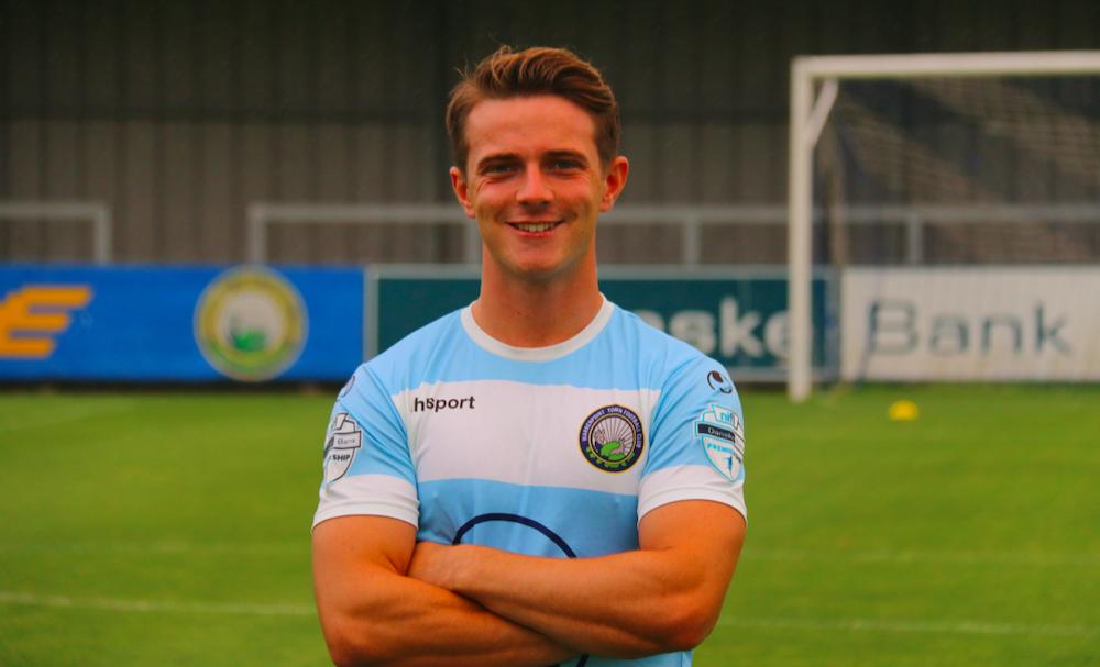 Ex-Rangers, Liverpool trialist Matthew Knox seals deal | Livingston news
