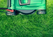 Three lawnmower tips that will help promote your lawn care business