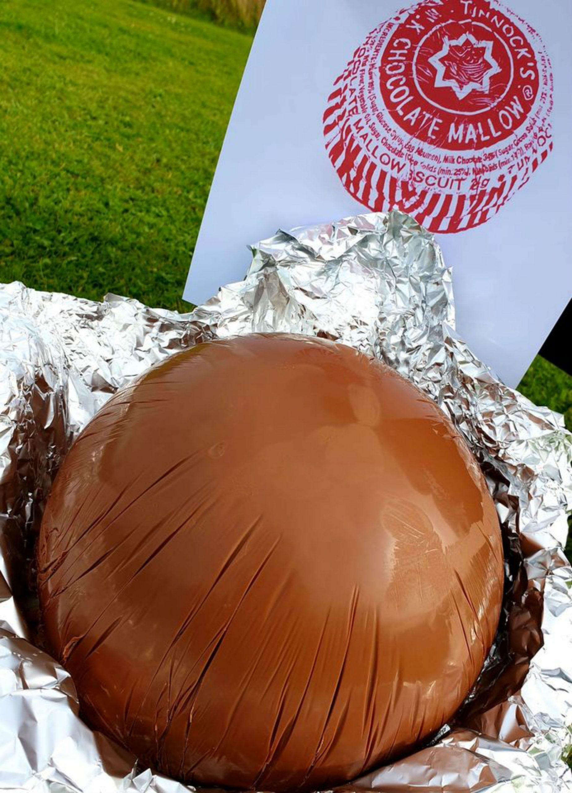 Baker Creates Giant 50 Tunnock S Tea Cake Food And Drink News Scotland