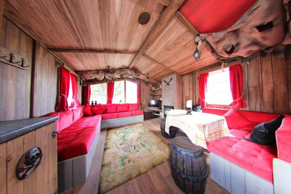 Interior pirate caravan