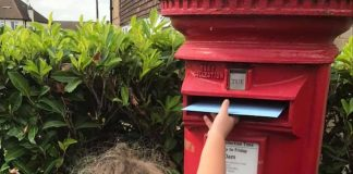 A picture of Navaeh posting her letter.-Viral News| By Deadline News- Viral News