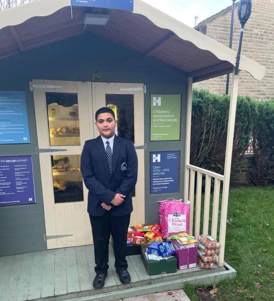 Youngster gives up saved pocket money to benefit others - Viral News