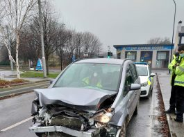 A picture of the mangled car - Viral News UK