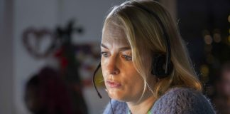 NSPCC call centre employee at work - Crime News Scotland