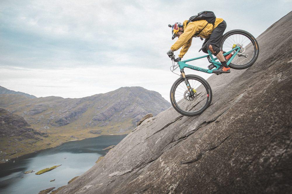 Danny MacAskill speeding down the Dubh Slabs - Viral News Scotland