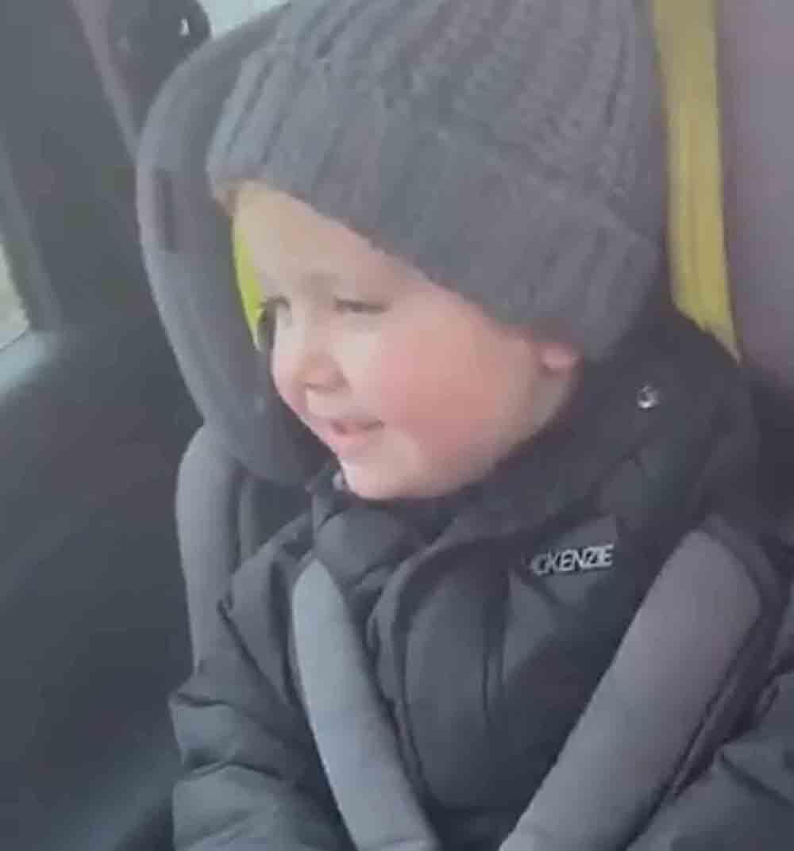 Youngster brand Boris Johnson a d******* - Viral Video News UK