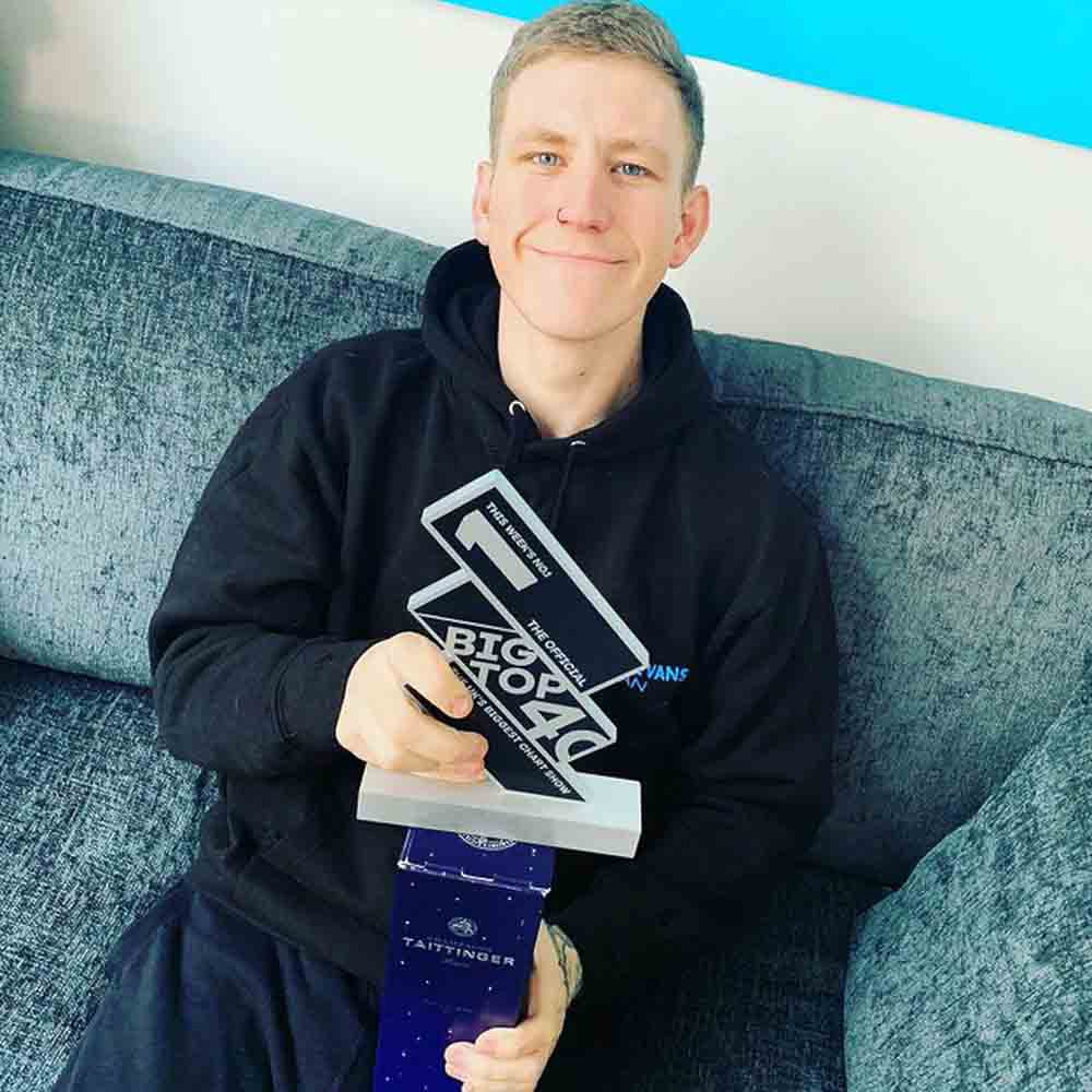 Scottish sea shanty star gets trophy for being number one in the charts - Scottish News