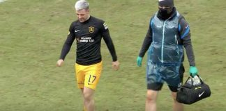 Livingston striker Scott Robinson limps off the field | Livingston news