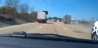 Dash cam captures container detaching on motorway - Dash Cam News