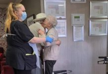 Elderly couple reunited | Viral News UK