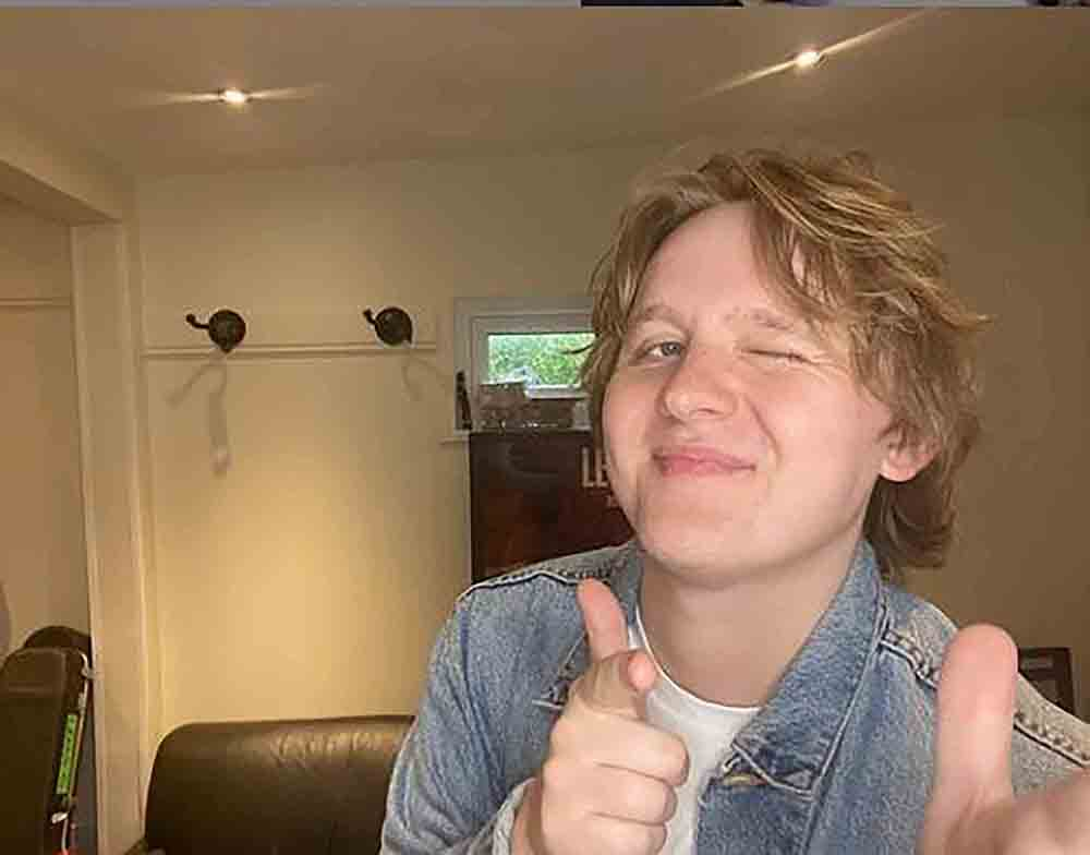 Lewis Capaldi slammed for supporting The Snuts by Demi Lovato fans - Scottish News