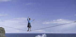 Student walks 65ft high slackline in kilt | Scottish News