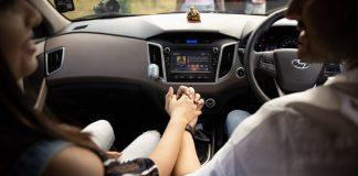 A couple driving - Research News UK