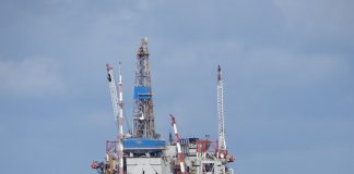 North Sea Oil rig - Shell enter deal with Draegar Marine and Offshore to implement goal zero - Scottish news