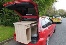 Cops pull over driver who had desk hanging out the boot of their car - Police News UK