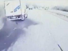 Drunk HGV driver skidding | Dashcam footage UK
