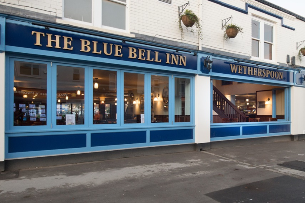 The front-facing side of The Blue Bell Inn, Wetherspoons - Police News UK