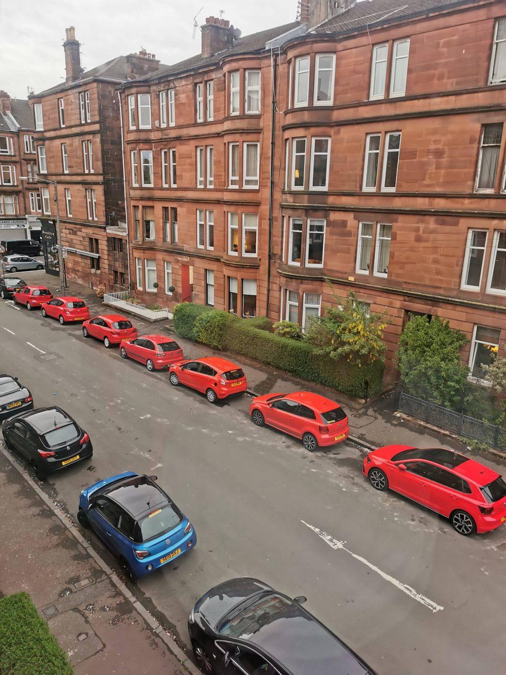 Bizarre scene spotted on Glasgow Street - Scottish Entertainment News