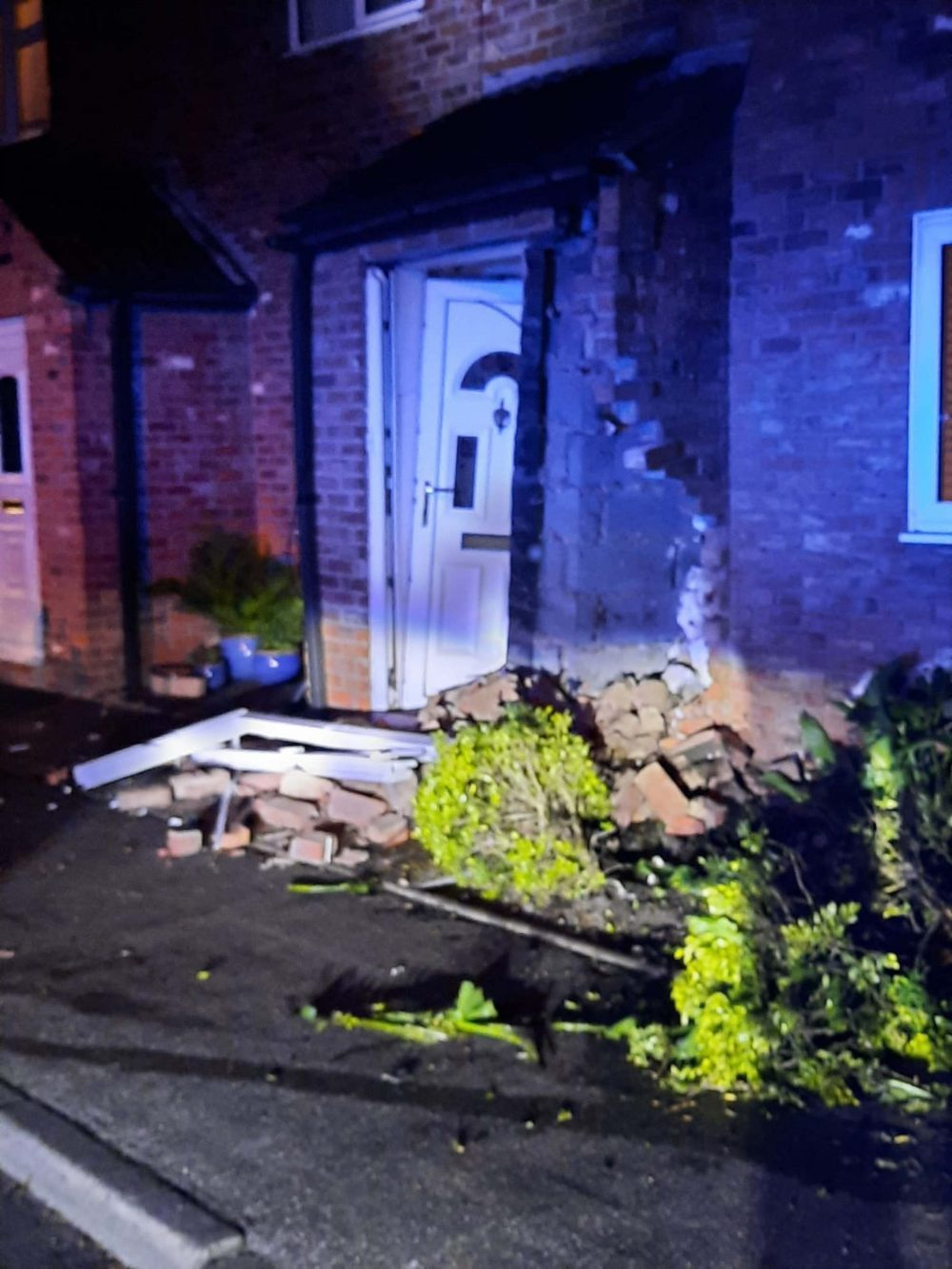 The front of the ruined home | Traffic News UK