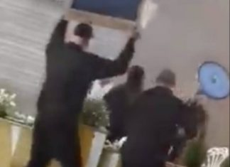 Bouncers confront the man with the machete   Crime News UK