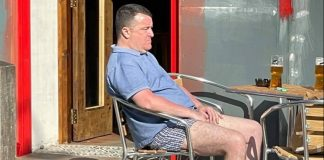 Punter sunbathing with his trousers down | Scottish News
