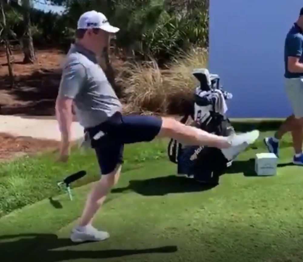 Robert MacIntyre doing golf ball keepy-uppies | Scottish News
