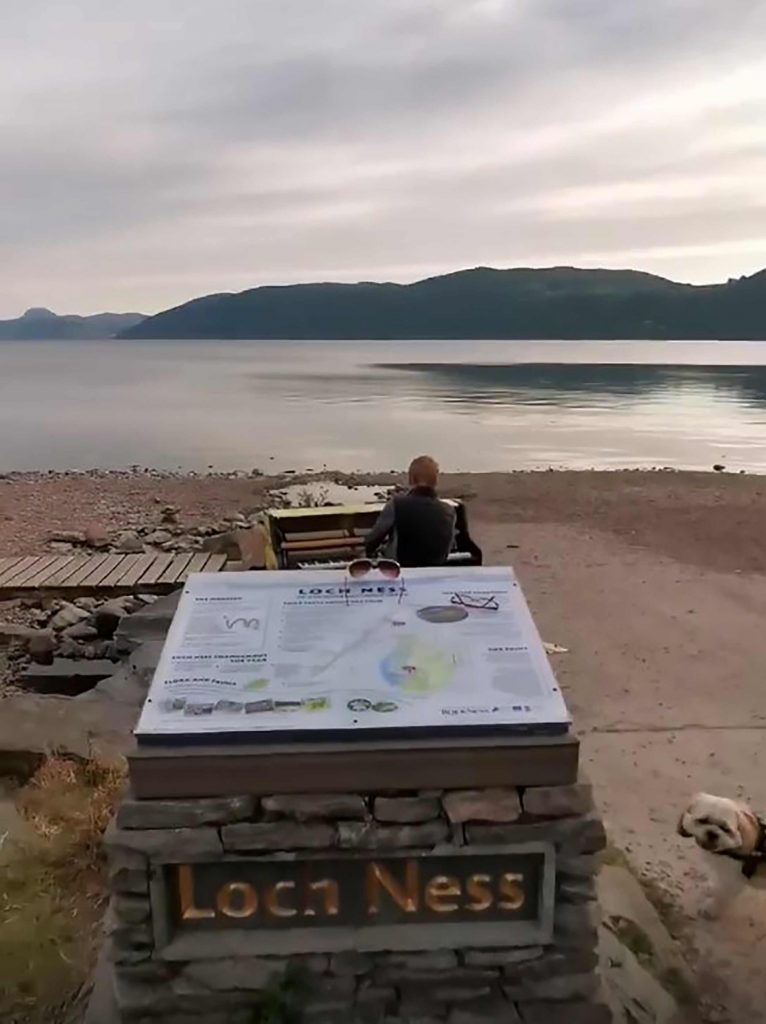 The pianist infront of the stunning back drop - Scottish News