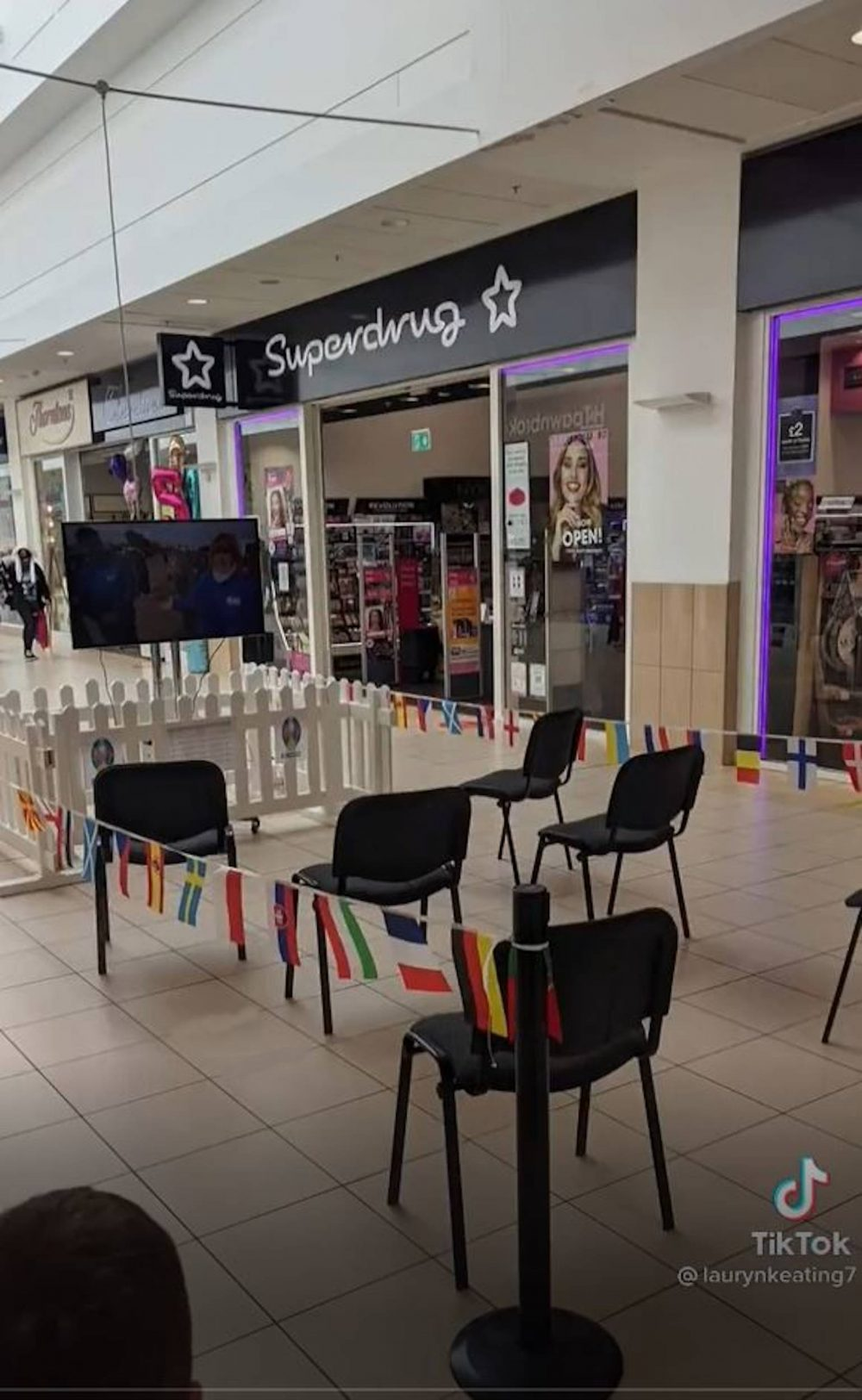 The Cumbernauld fan zone - Sports New UK
