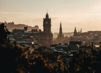 Council leaders in Edinburgh are urging residents to abide by Covid-19 guidance - Scottish News