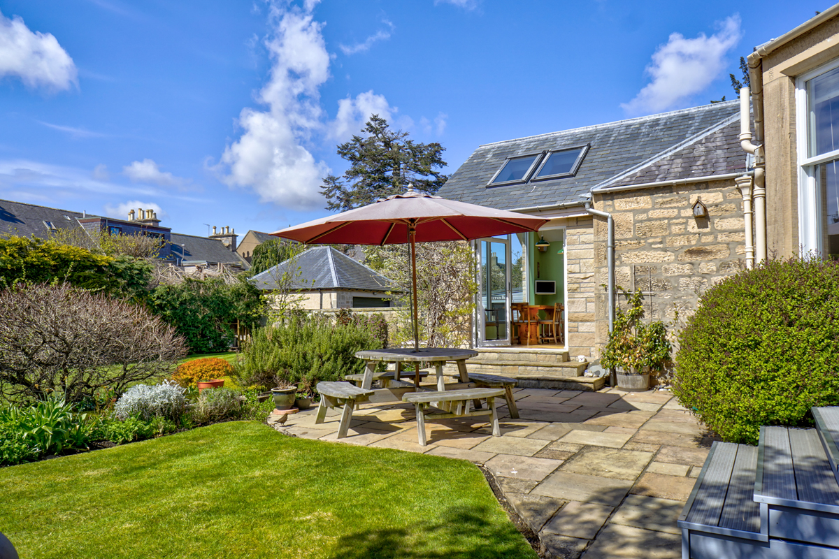 House - Property and constructions News Scotland