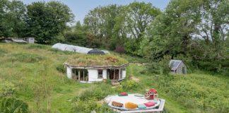The unique Hobbit House - Welsh Property News