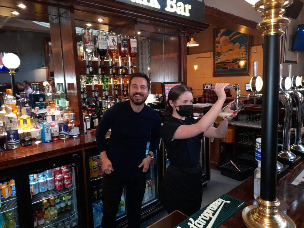 Martin Compston Old Bank Bar - Scottish News