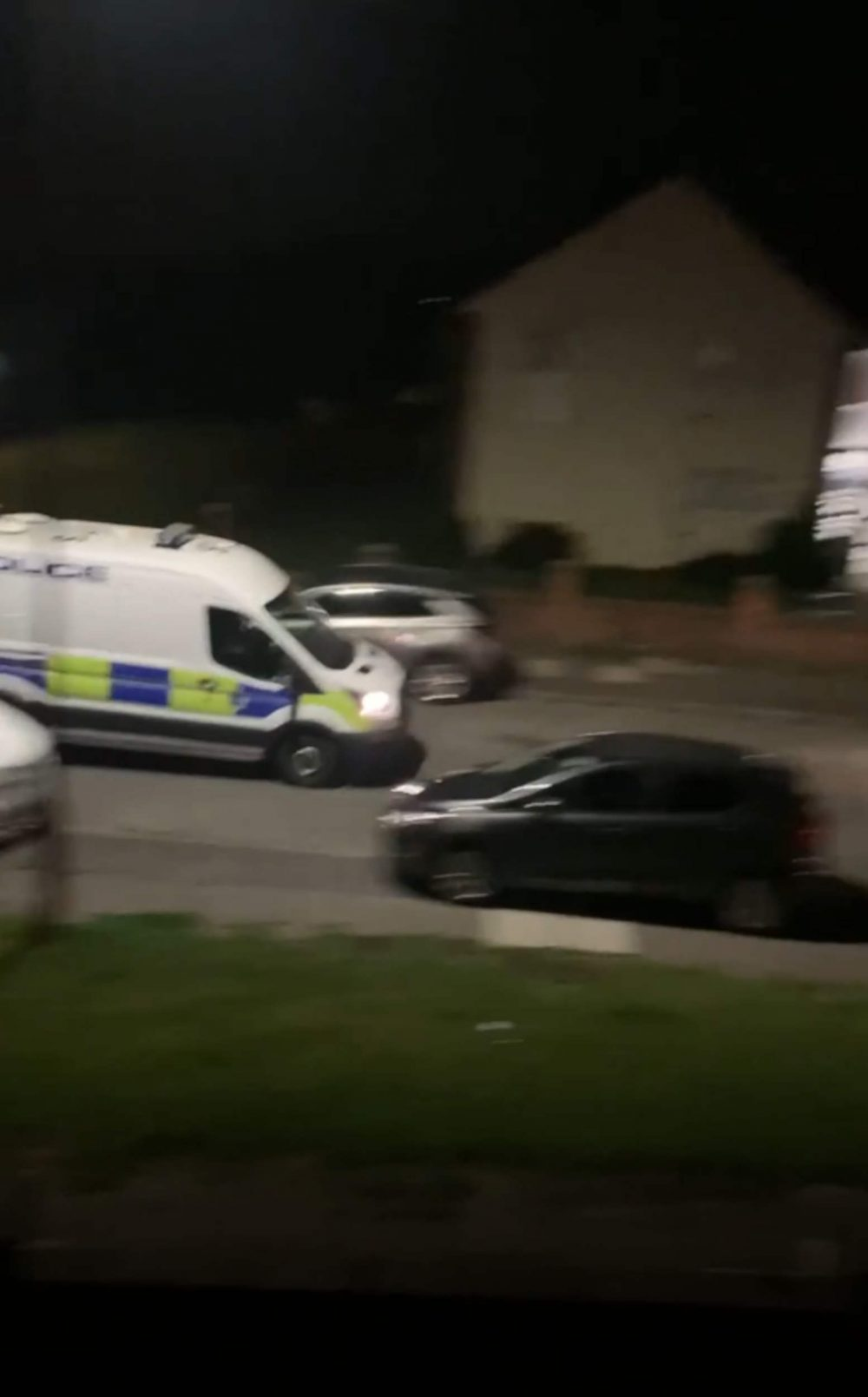 The police pursue the van | Police News UK