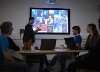 Student leads group work project - Education News Scotland