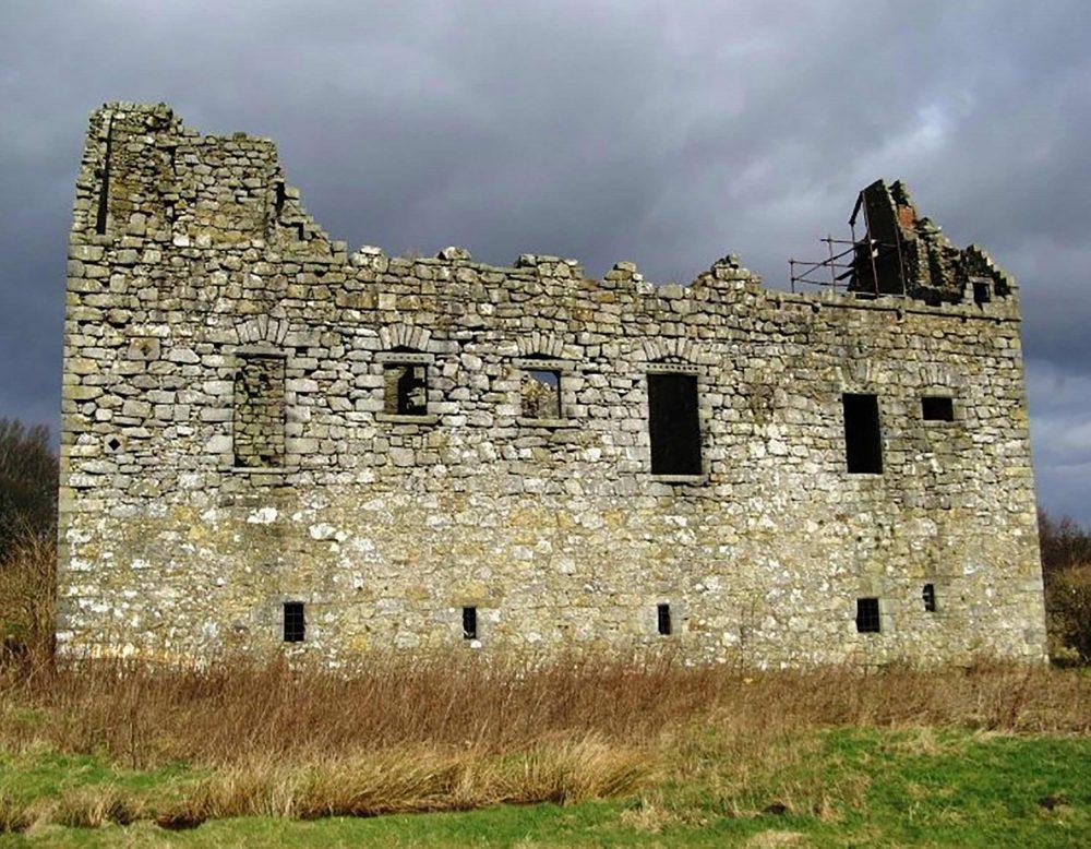 The 16th century castle - Scottish Crime News