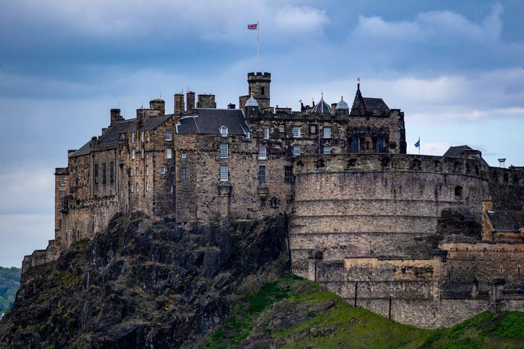 landscape of Edinburgh Castle - Scottish News