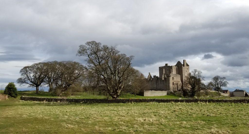 Craigmillar castle landscape - Scottish News
