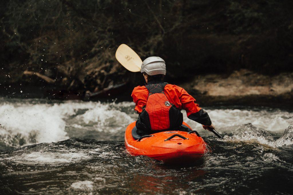 extreme kayaker - scottish news