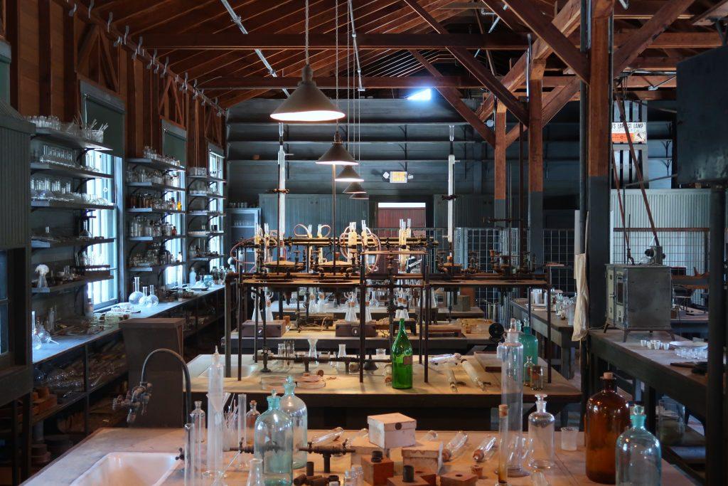 Science laboratory - Scottish News