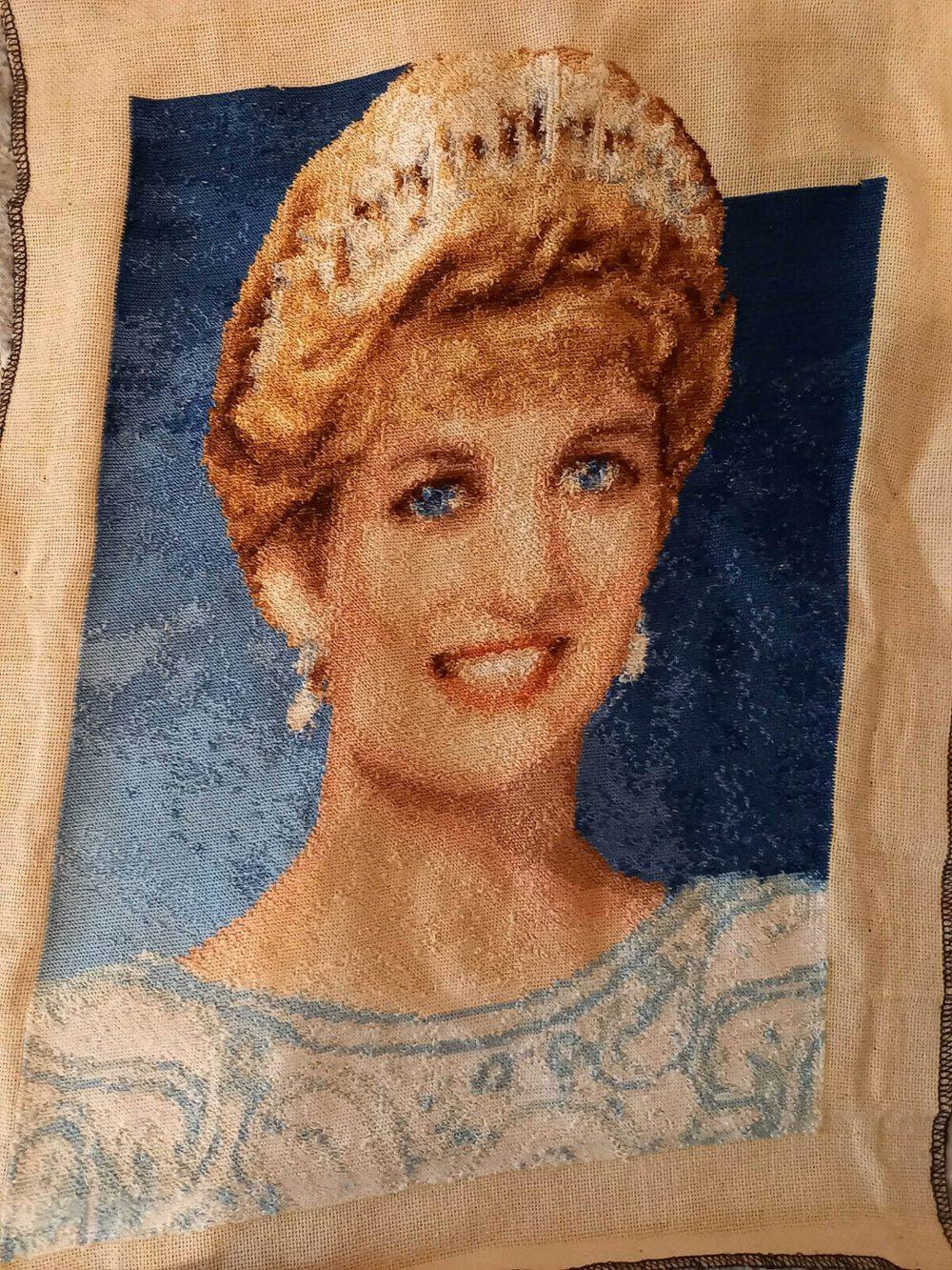 The life-like tapestry - World Art News