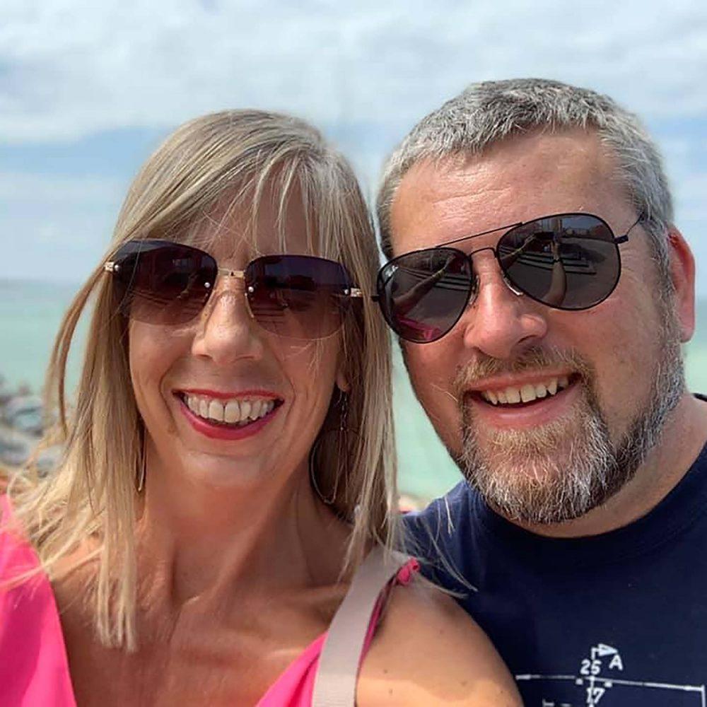Alison and her husband - Health News UK