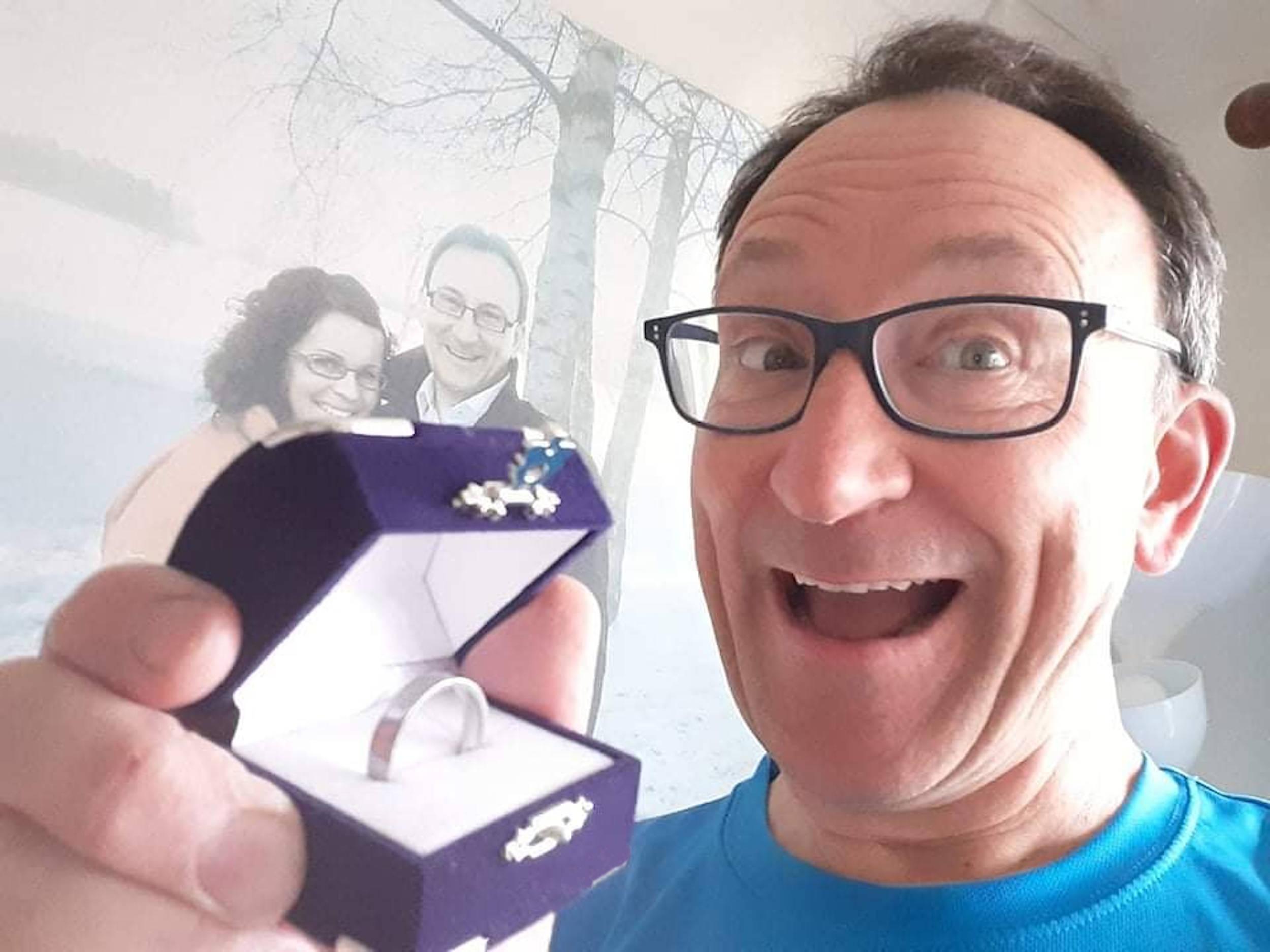 Husband reunited with ring - Scottish News