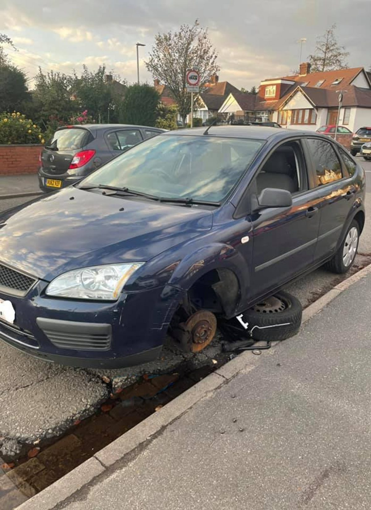 A photo of some of the damage the width restrictions in Watford are doing to cars.